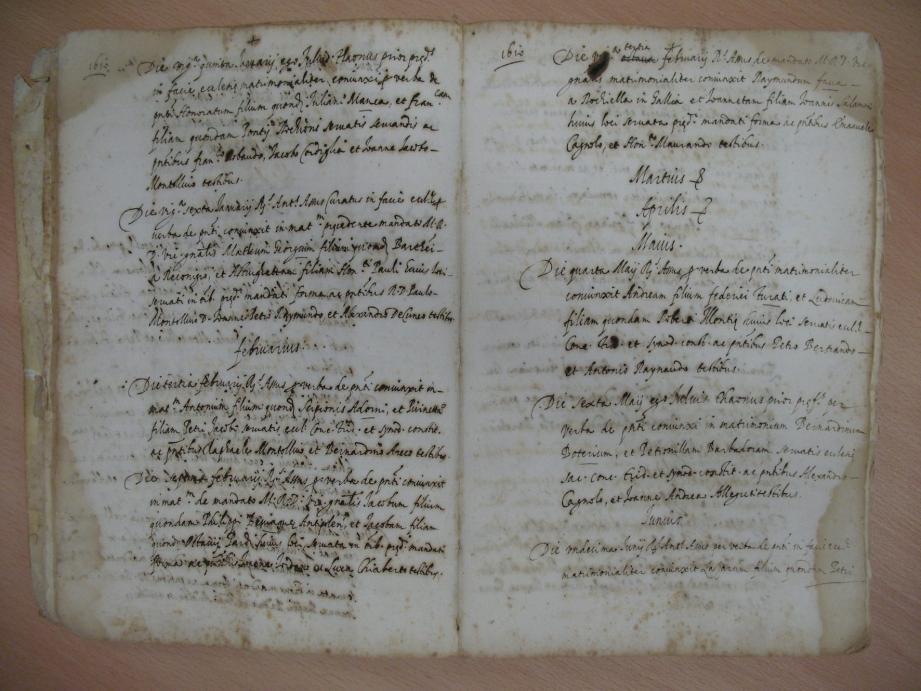 Le public pourra avoir accès à de nombreux documents, comme un registre des mariages de Villefranche au XVIIe siècle.  (Repro J.-M.P.)