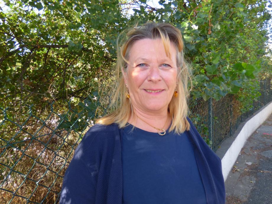 Ariane Chodkiewiez a conservé l'intitulé de la liste qu'elle avait conduite aux municipales de 2014, « Ensemble, décidons Cavalaire ». Elle est la troisième candidate déclarée à ce jour sur la commune.