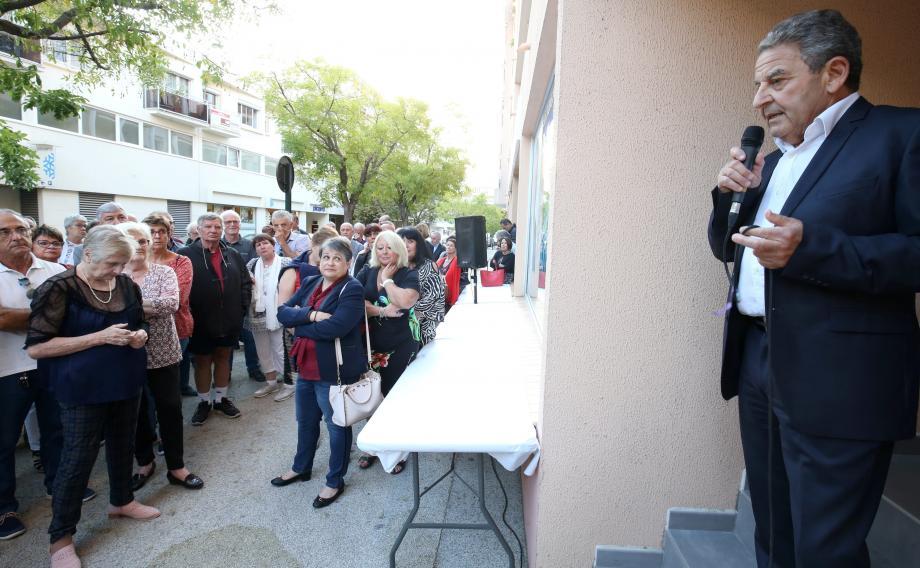 Le Dr Yves Kbaïer a inauguré hier la permanence de la liste Alliance pour Hyères au 15 rue Dunan.