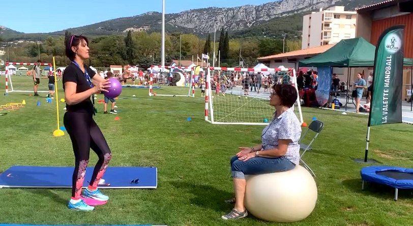 La présidente du La Valette handball Patricia Justianiano (ici à gauche) est fière de ce label « plateforme de sport sur ordonnance ».