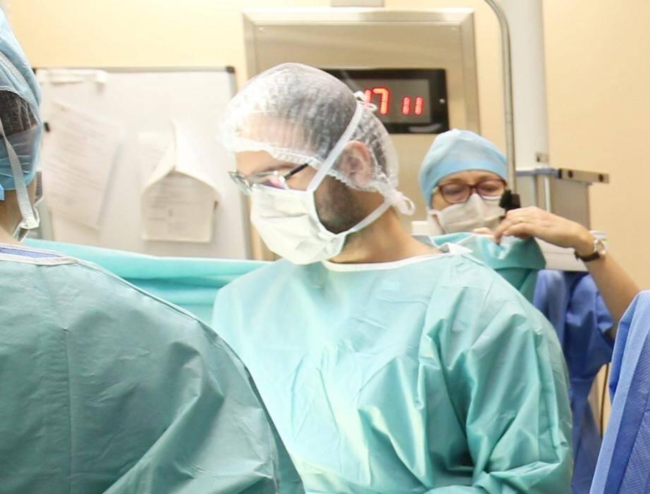 Plus de 90 % des femmes victimes de rechutes subissent l'ablation de leur sein.