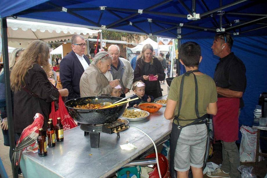 Les visiteurs ont écouté les conseils éclairés des chefs qui leur ont appris comment sublimer leurs plats.
