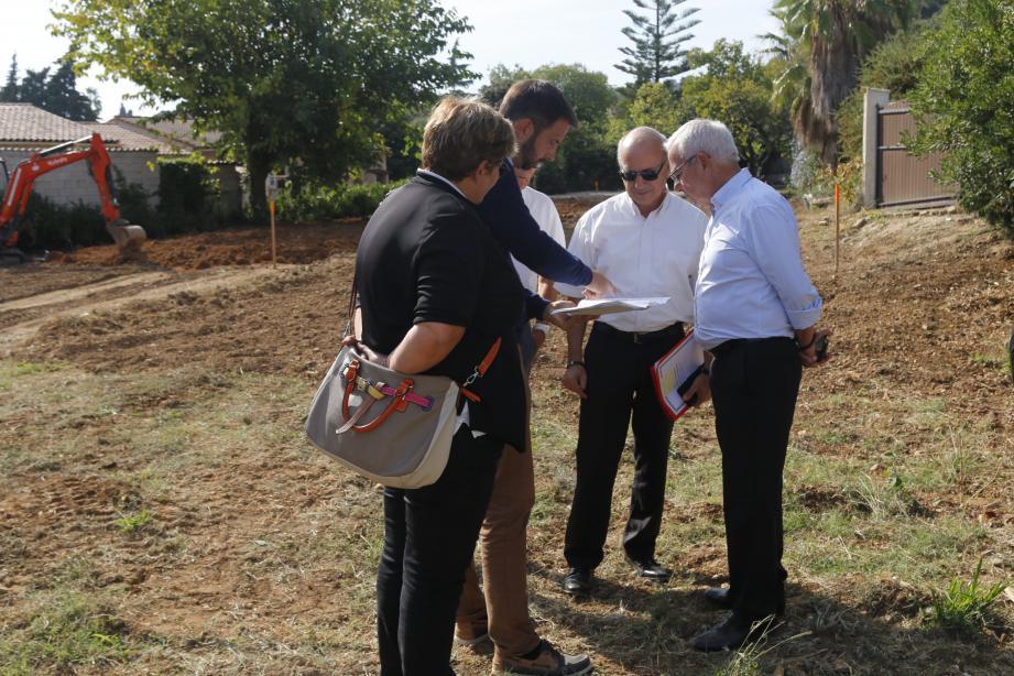 Le maire d'Antibes Jean Leonetti s'est assuré que le lieu était sécurisé.