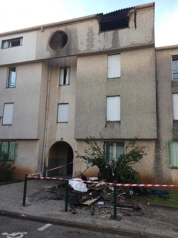 L'incendie s'est déclaré en pleine nuit au 3e étage de la résidence Le Castellas.