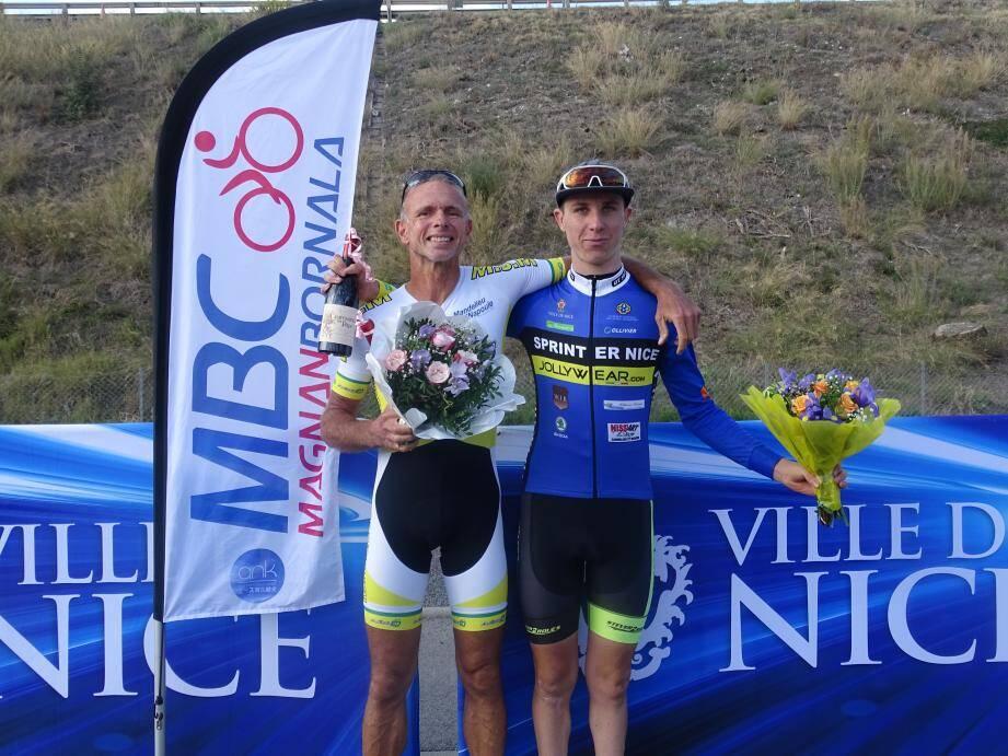 Le duo Michel Pascal (à gauche)-Mathis Lebeau a bouclé les 13 km en 16 minutes.