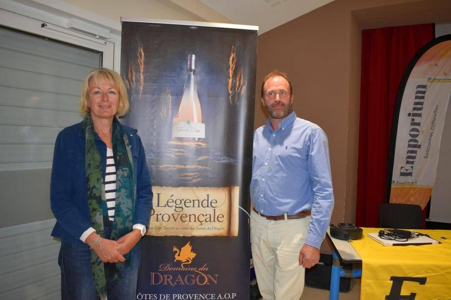 Florence Fabre-Dureau et Thibaud Lienard, directeur du domaine du Dragon.