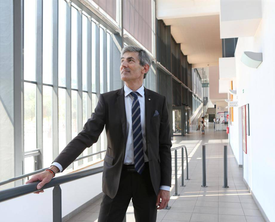 Le directeur Frédéric Limouzy.