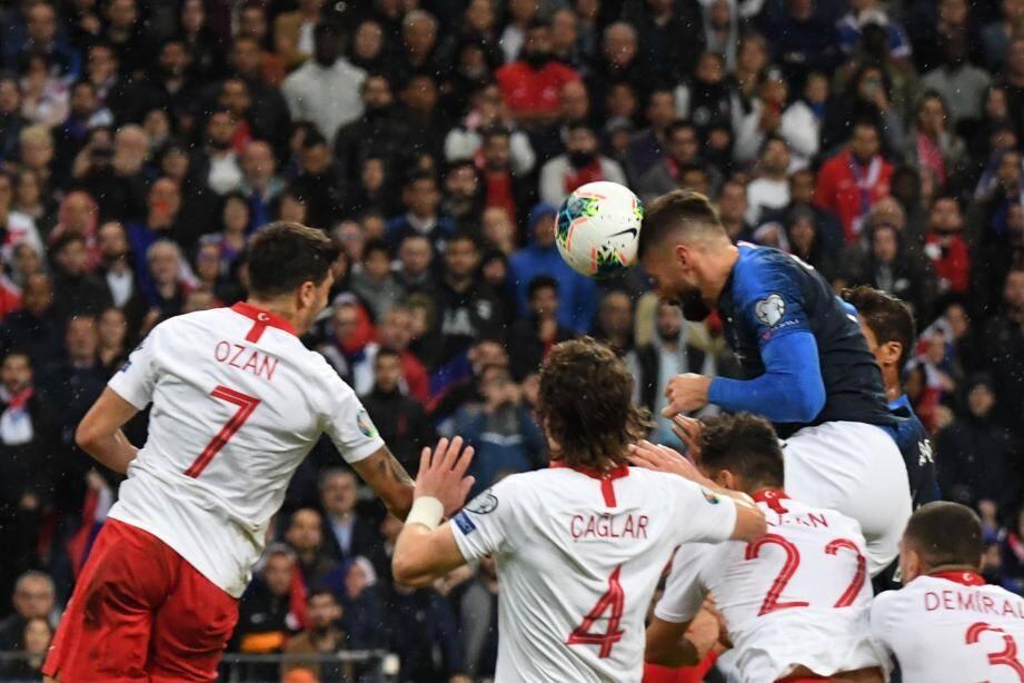 38e but en Bleu pour Giroud.