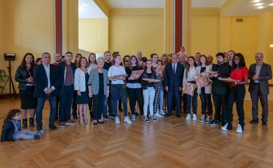 Les élèves primés, issus des collèges Vento et Maurois et du lycée Curie, ont reçu leurs récompenses samedi au palais de l'Europe.