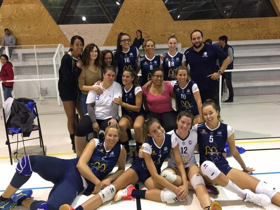 Les féminines de Nationale 2 après leur victoire contre Cannes.