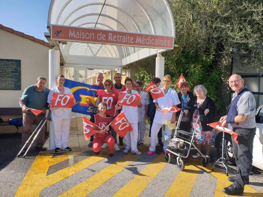 Le syndicat FO a réuni le personnel et résidents de l'établissement médicalisé pour porter leurs revendications.(DR)