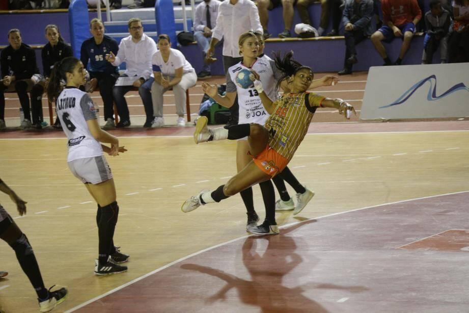 Le Gym d'Abdelmalek, accroché en première période (9-12, 18'), a fini par prendre la mesure de Dijon.