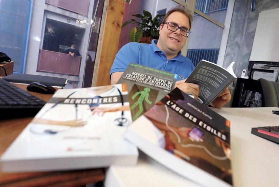 Éditeur depuis trois ans, Jean-Christophe Lay publie deux romans ce mois-ci.