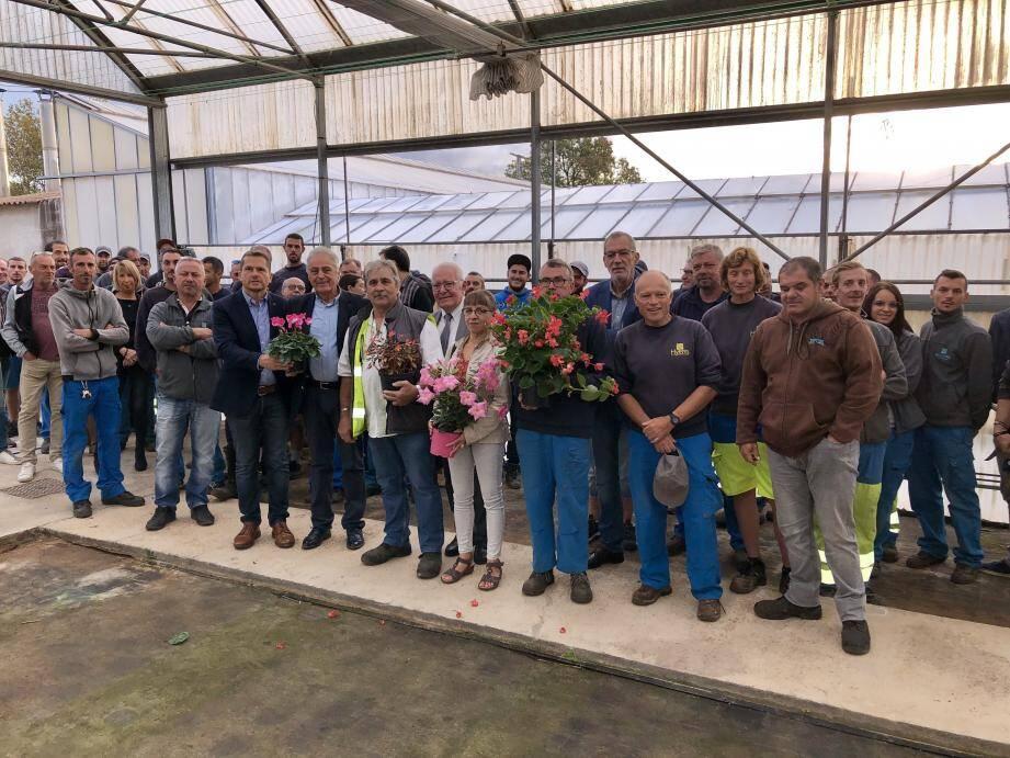 Les agents des espaces verts étaient réunis hier matin au centre horticole municipal.
