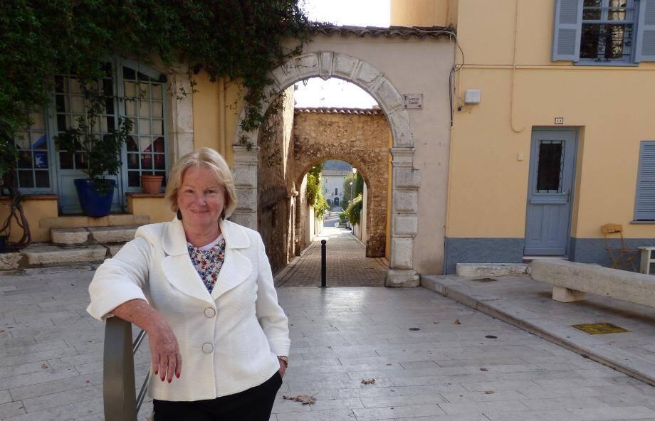 """Chantal Maimon tête de liste """"Au service des Collois"""". Et notamment des seniors et des jeunes."""