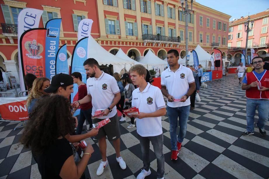 L'OGC Nice s'associe de nouveau à l'EFS pour collecter du sang sur la place Masséna.