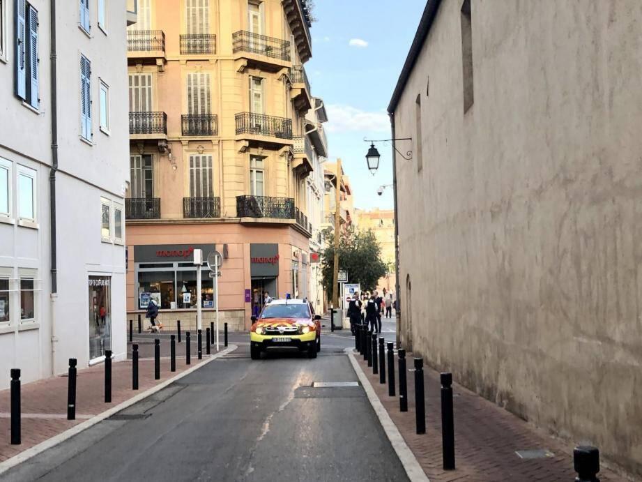 L'agression s'est déroulée mardi 22 octobre vers 17 heures aux abords du marché Forville, à Cannes.