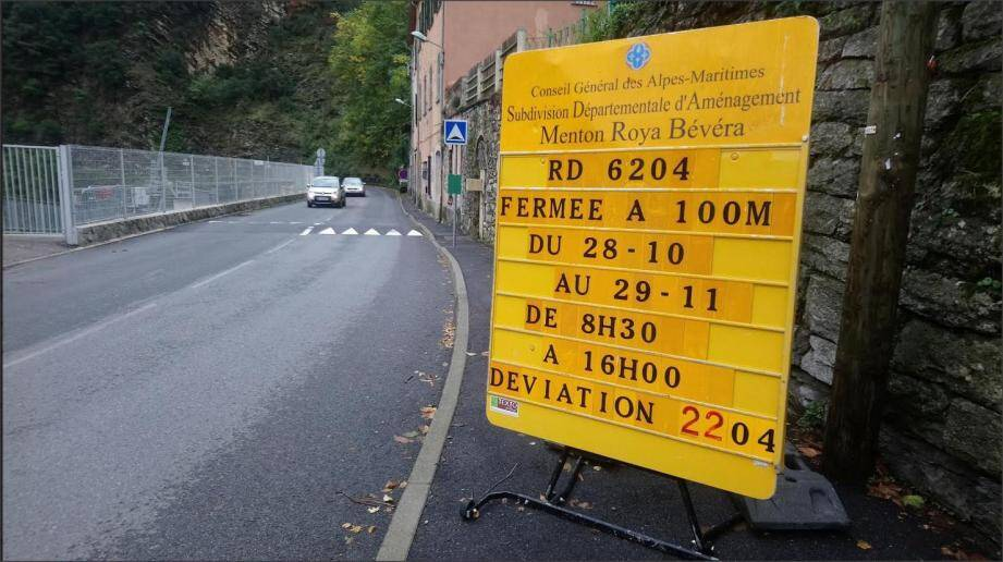 Des avertissements ont été posés en vue des travaux, à Libre, Breil et au pont de la Giandola.