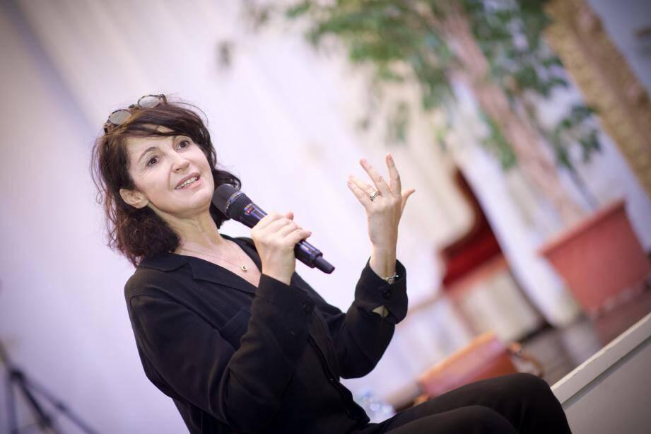 « Ce que fait Yasmina Khadra est essentiel », dit Zabou.