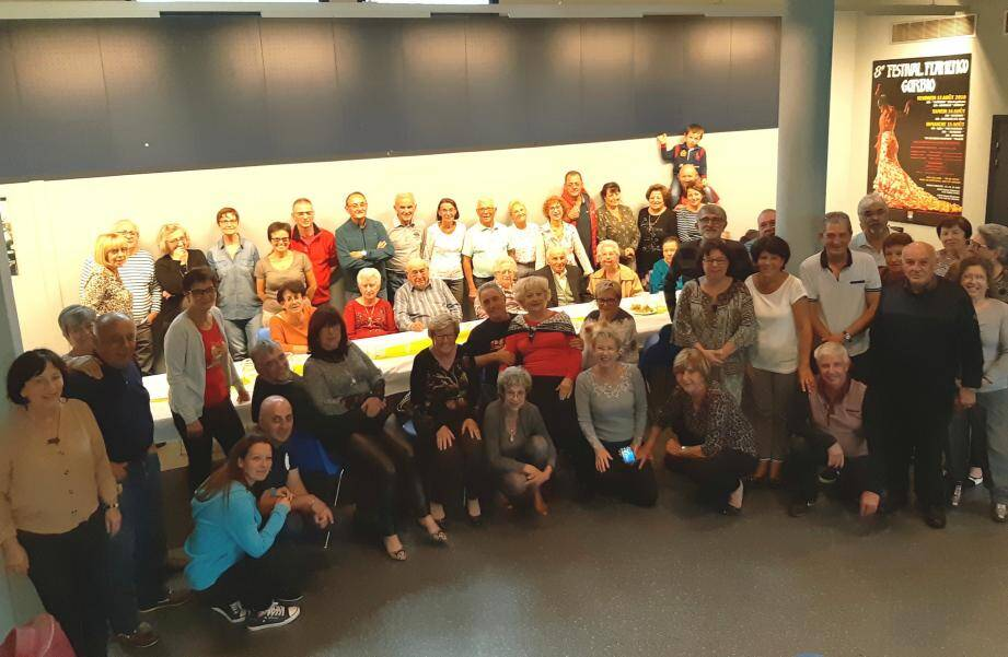 Les membres de l'association Sota Òrme ont apprécié ce week-end culinaire. (DR)