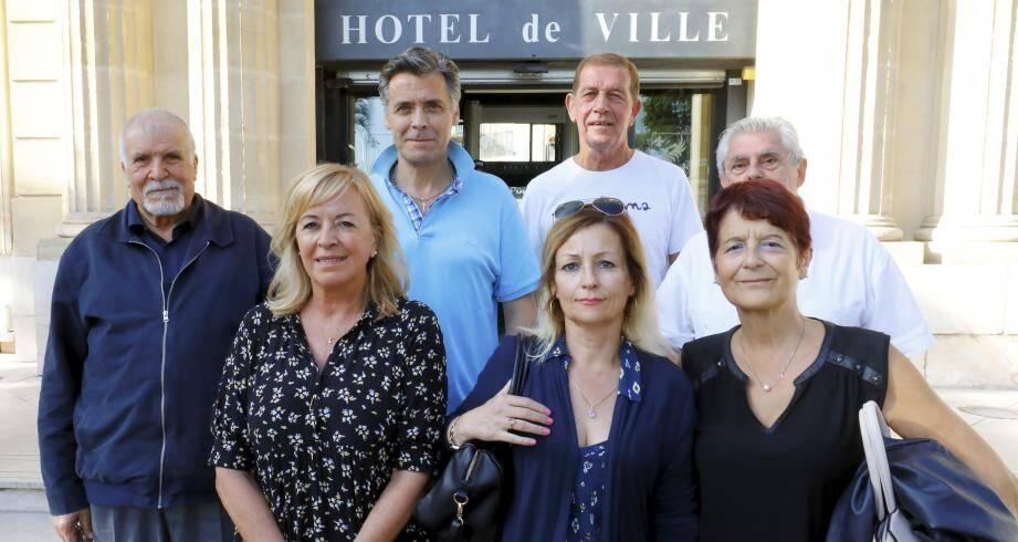Plusieurs résidents des Rois Mages ont été reçus pendant près d'une demi-heure, vendredi 25 octobre à la mairie de Cannes, pour faire entendre leurs arguments. Si le tarif de 25 euros mensuels ne leur est finalement pas accordé, ils ont, néanmoins, négocier un ajustement.