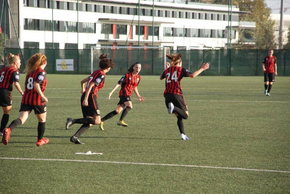 Menées 0-2, les Niçoises ont arraché le nul (2-2) grâce à l'égalisation de Malaret (90').