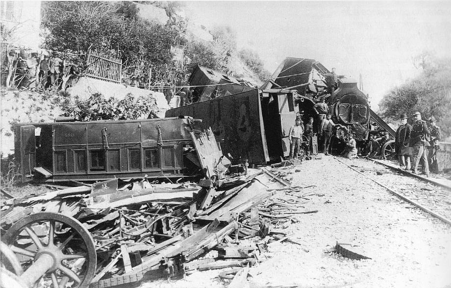 Le 10 mars 1886, l'accident de Saint-Roman fait sept morts et une trentaine de blessés.