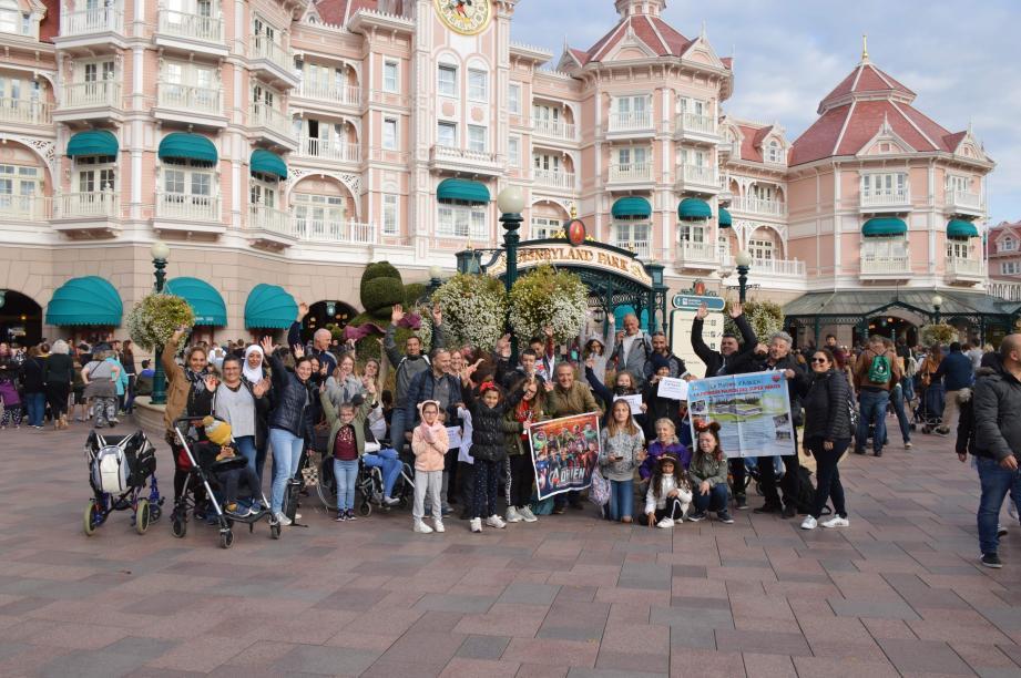 Ci-dessus : un séjour inoubliable à Disneyland Paris pour les enfants et leurs parents.  Ci-contre : un bon moment de détente à la cuisine de l'hôtel Majestic.(DR)