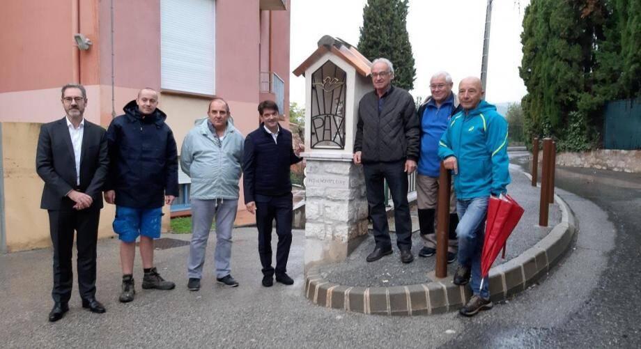Une reconstruction saluée par la municipalité de Grasse, très concernée par le patrimoine vernaculaire.
