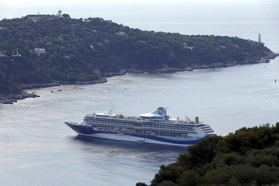 La rade a accueilli plus d'une centaine de navires cette année.
