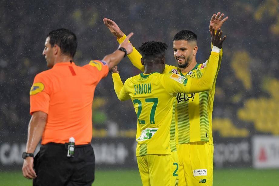 Simon (triplé), Blas (doublé) et les Nantais ont écœuré le Paris FC (8-0).