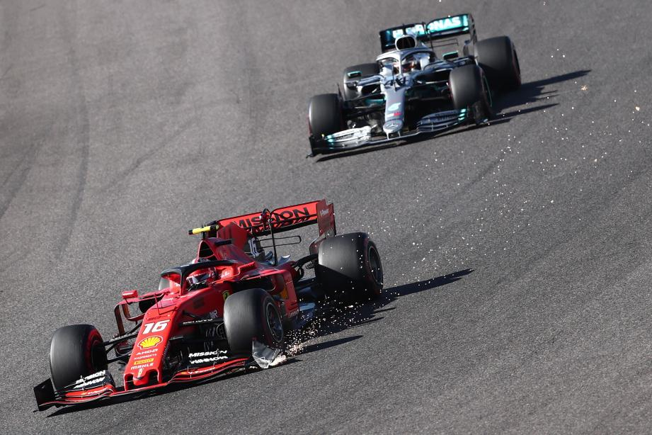 Deuxième derrière son coéquipier Sebastian Vettel au terme d'une séance qualificative différée quatre heures avant le départ en raison du typhon Hagibis, Charles Leclerc avait l'occasion de prolonger sa présence dans le top 3.
