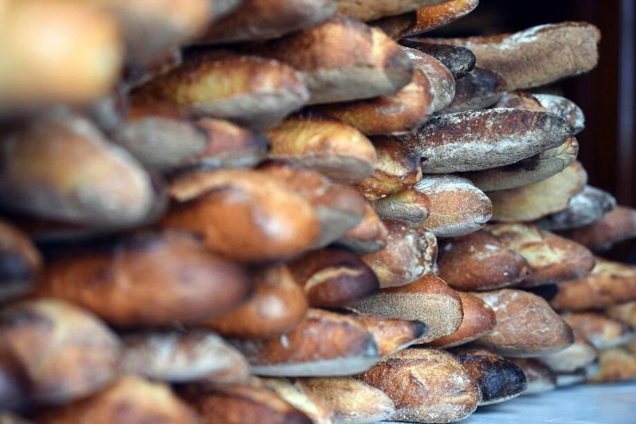 Industriels de la boulangerie et artisans boulangers se livrent bataille devant les tribunaux pour ou contre l'ouverture 7 jours sur 7