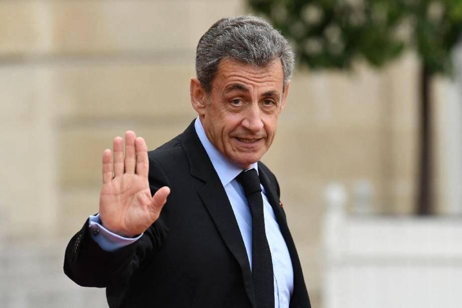 L'ancien président Nicolas Sarkozy à la sortie de l'Elysée, le 30 septembre 2019 à Paris