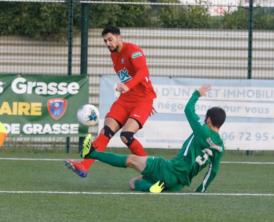 Boussaïd (en rouge) et les Grassois recevront Endoume, une équipe du même niveau, le week-end du 16 et 17 novembre.