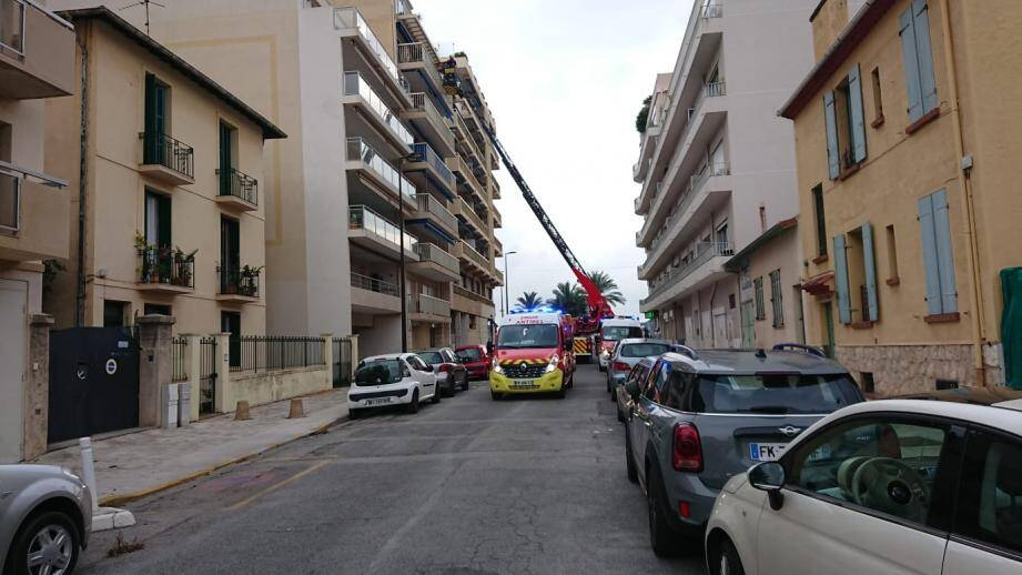 L'intervention s'est déroulée avenue de l'Ilette, à Antibes, ce jeudi 31 octobre.