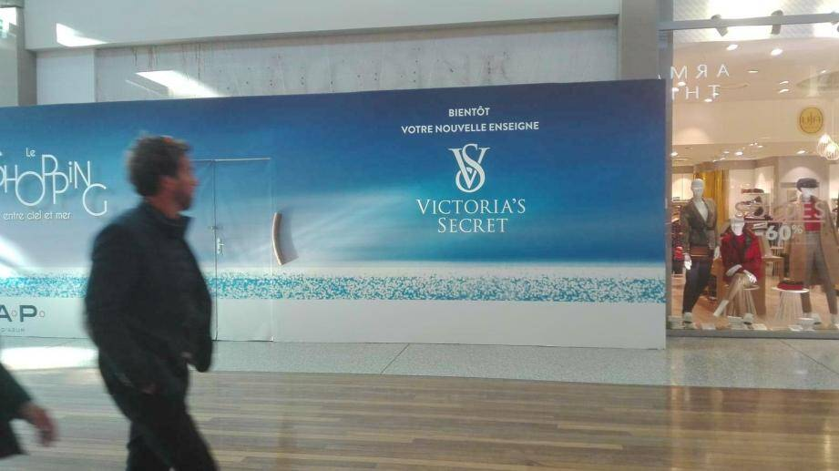 L'ouverture de la boutique Victoria's Secret de Cap 3000 est imminente.