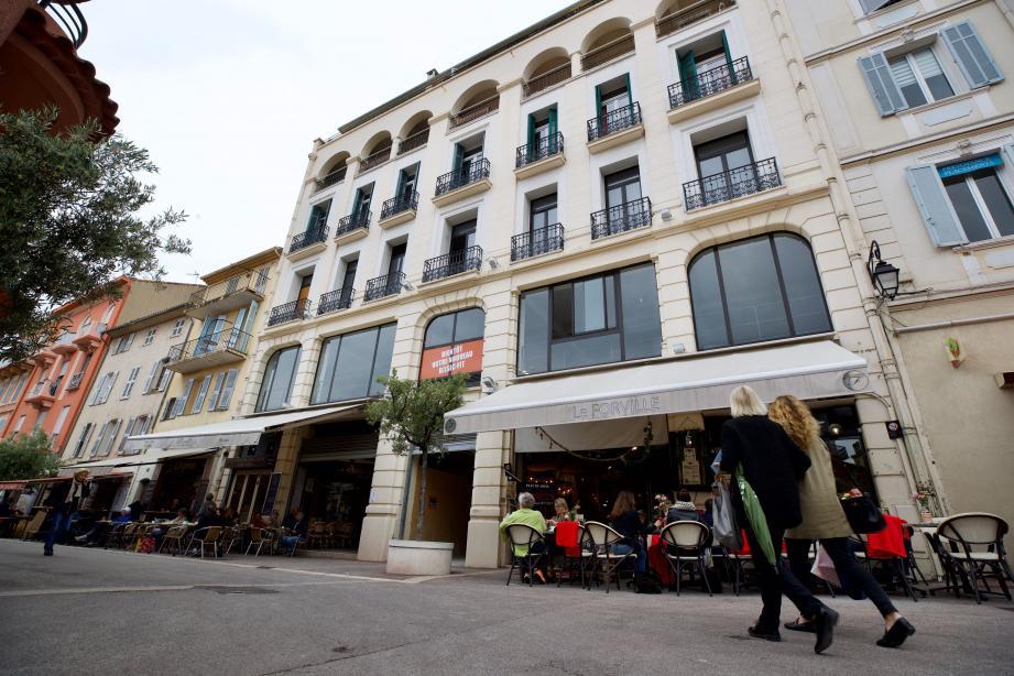 La start-up doit s'installer sur 810m2 de plateau au marché Forville à Cannes pour référencer la culture sur son moteur de recherche.