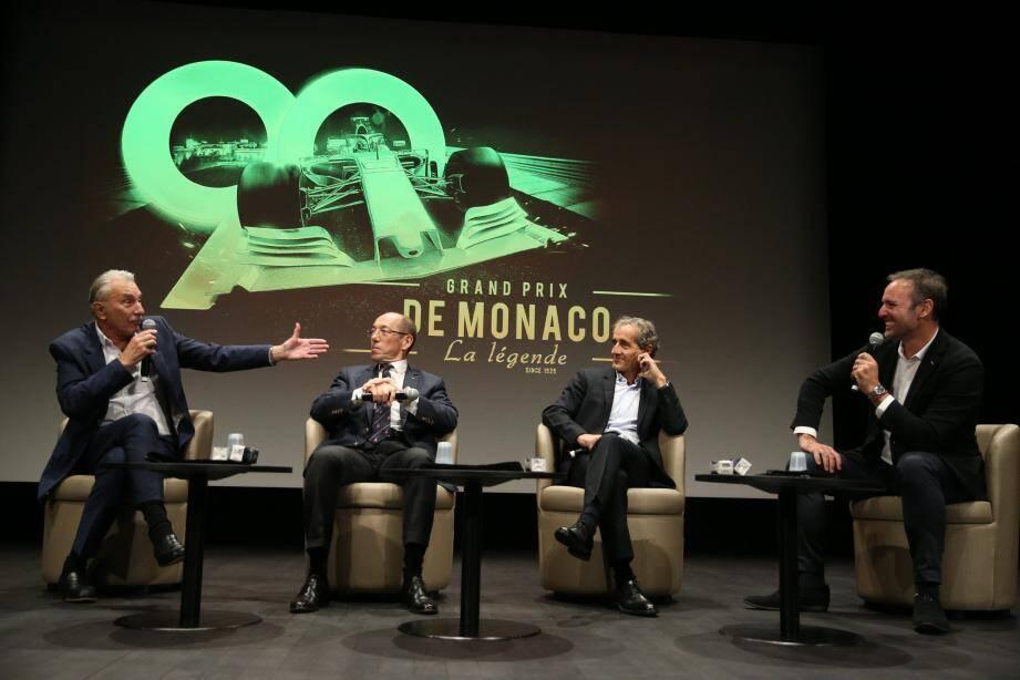 Les intervenants ont échangé quelques anecdotes sur le GP de Monaco.