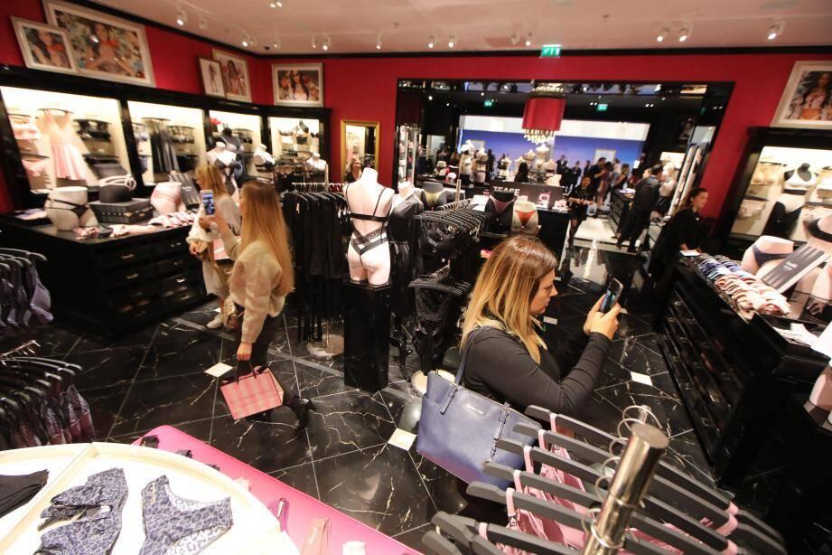 Ouverture de la boutique Victoria's Secret à Cap 3000