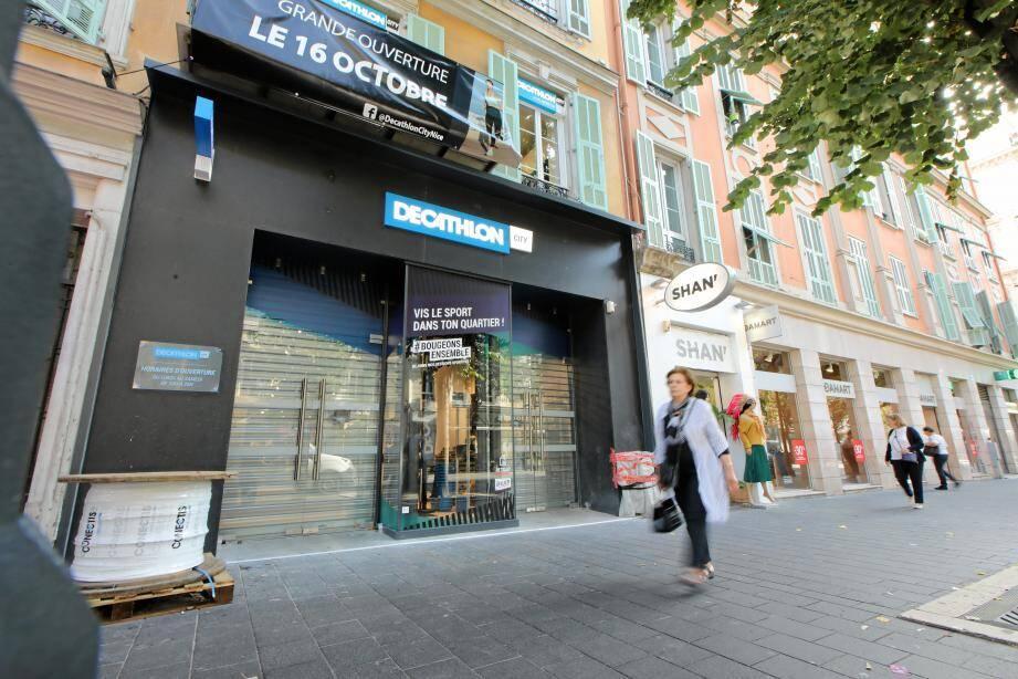 Un magasin Decathlon City ouvre mercredi avenue Jean-Médecin, à Nice.