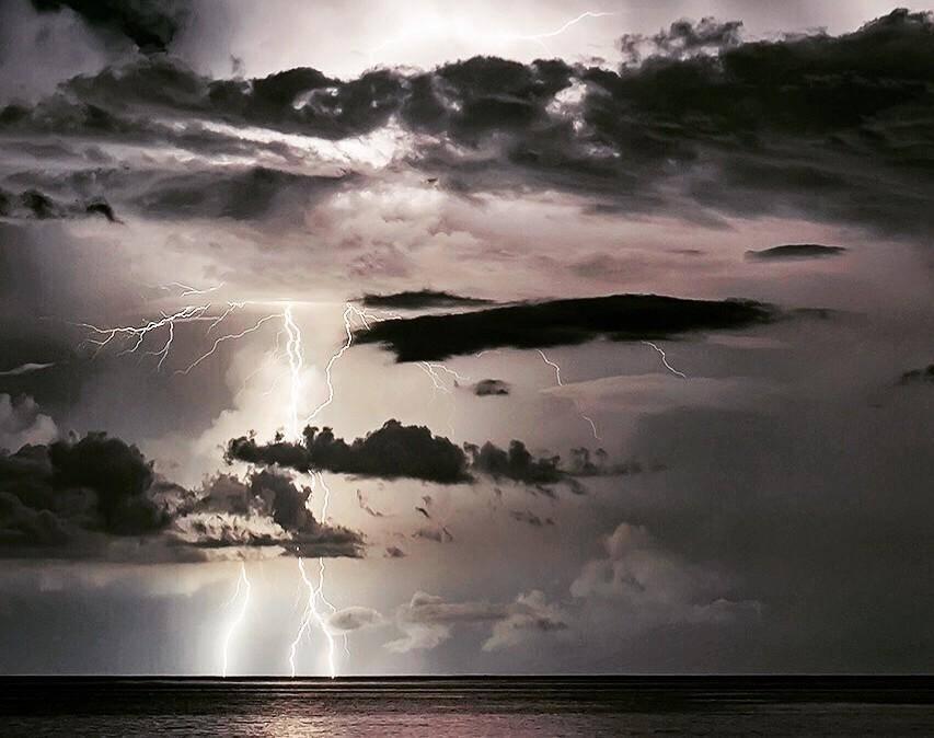 Des orages sur la Côte d'Azur. Illustration.