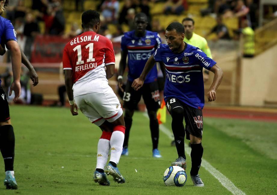 Claude-Maurice face à l'AS Monaco.