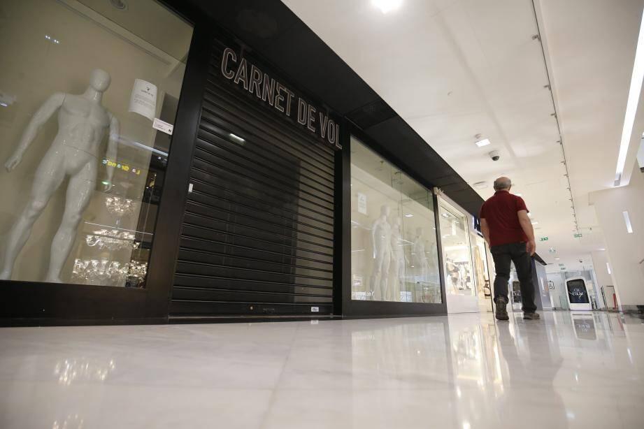 Le magasin Carnet de Vol à NicEtoile.