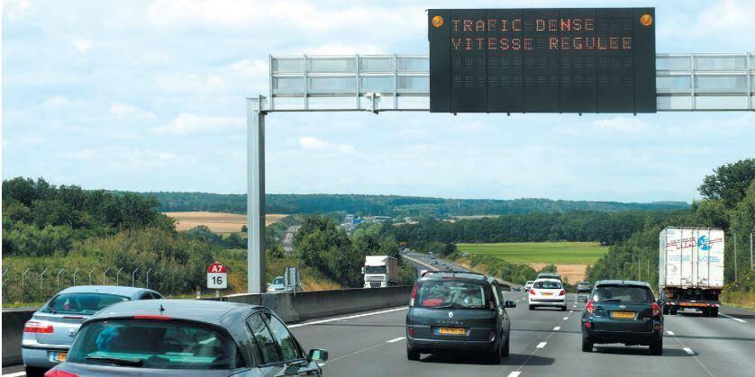 Sur l'A7 dans la vallée du Rhône, la régulation dynamique de vitesse a été mise en service en 2004.