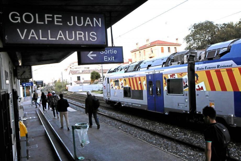 La gare ferroviaire de Golfe-Juan-Vallauris.