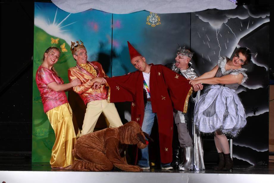 La compagnie du centre culturel présente la pièce pour enfants On/Off Le défi allumé. (DR)