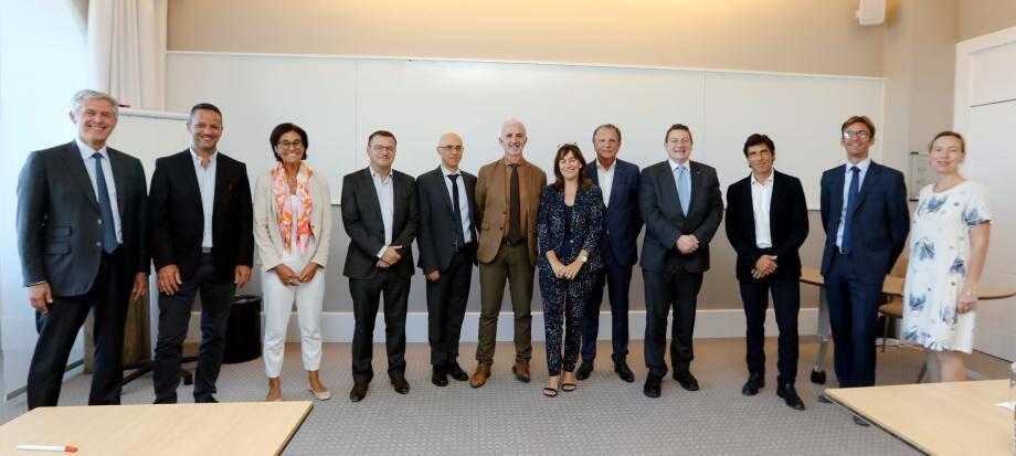 Le jury, composé de représentants du Gouvernement Princier, MEB, groupe Nice-Matin, Monaco-Telecom,  Smeg, Grimaldi Forum, Caisse d'Epargne et SBM s'est réuni au Monte Carlo Bay.