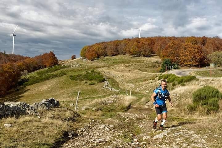 Guillaume Charbonneau : « Ce que j'ai fait n'a aucun sens aux yeux de certains. Courir 60 km en moyenne par jour, pour eux, c'est inouï. »