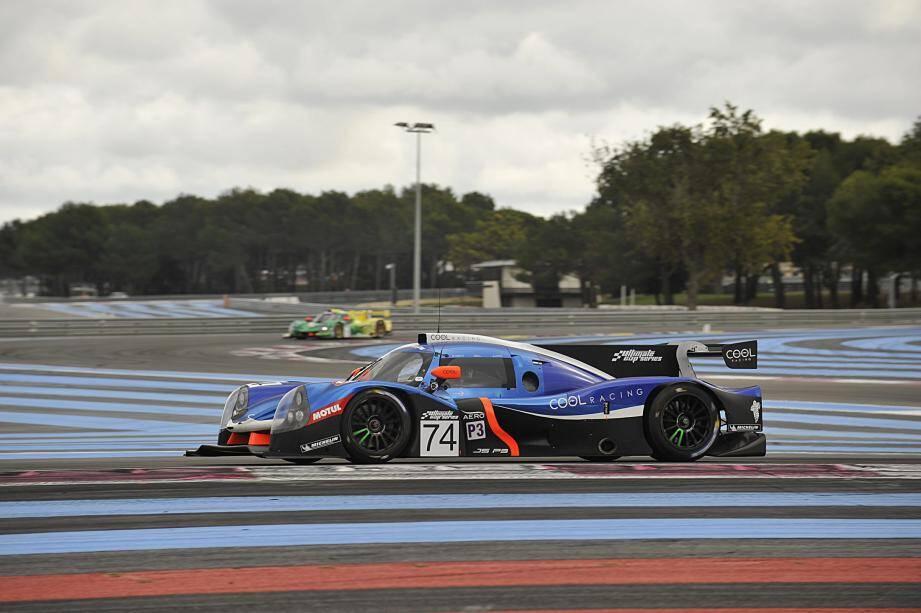 Entre deux manches du championnat du monde d'endurance (WEC) où elle engage une Oreca 07 (catégorie LM P2), l'écurie suisse Cool Racing aligne cette Ligier JS P3 (LM P3) sur la piste varoise clôturant l'an I de l'Utimate Cup Series.